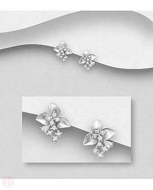 Cercei din argint model floare cu cristale