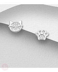 Cercei mici din argint cu pisica si labuta