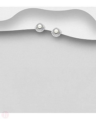 Cercei mici din argint model scoica cu perla