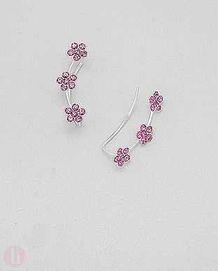 Cercei argint alungiti pe lobul urechii cu flori roz