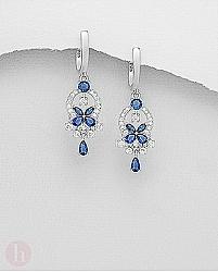 Cercei argint model floare cristale albastre si albe