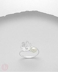 Inel argint cu model floare cu perla