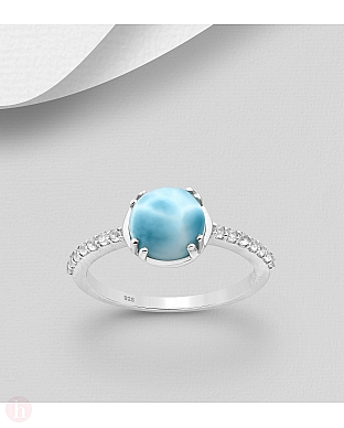 Inel din argint cu piatra albastra si cristale albe