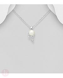Pandantiv din argint cu frunze, perla si cristale